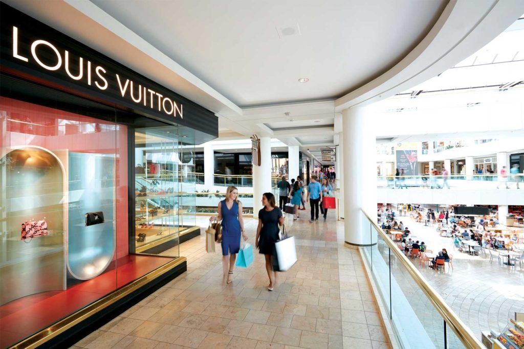 Luxury shopping at Fashion Square mall in Scottsdale AZ