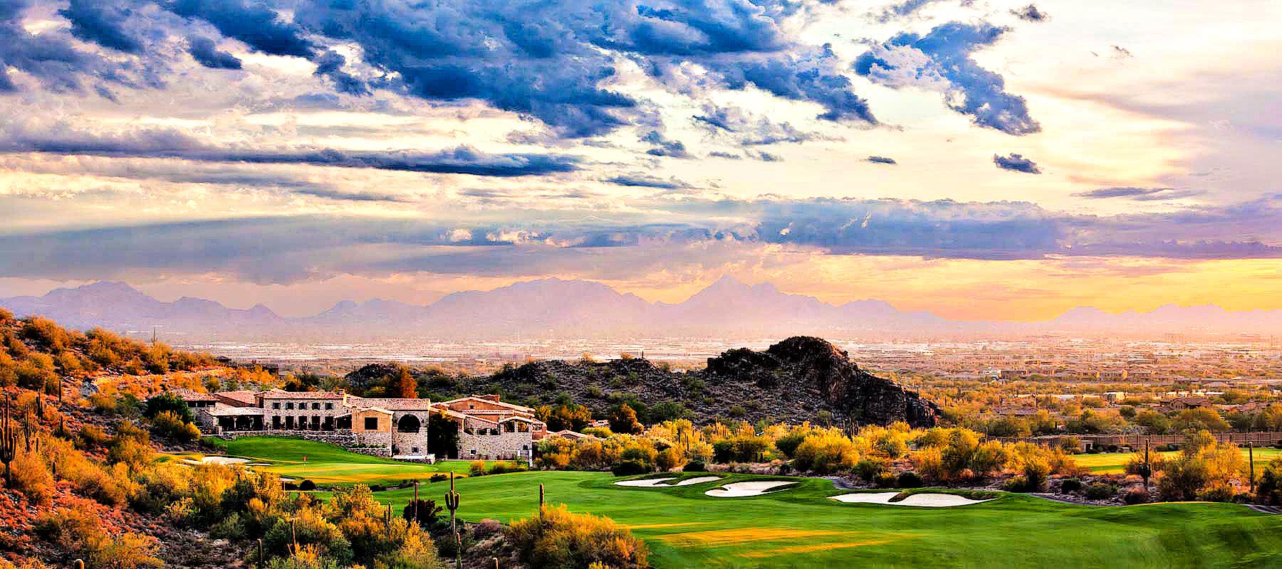 A hilltop view of homes in Silverleaf in Scottsdale AZ